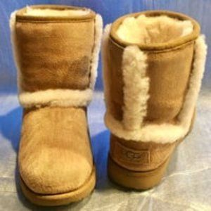 UGG Chestnut Sheepskin Waterproof Boot Kids HADLEY